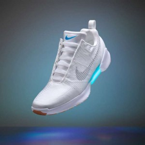 Nike-self-lacing-HyperAdapt-1(2)