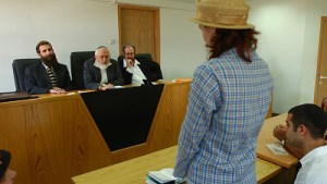 **FILE2003** A women converts to Judiasm that was done at the Rabinic Court in Jerusalem on July 21, 2003. Photo by Flash 90